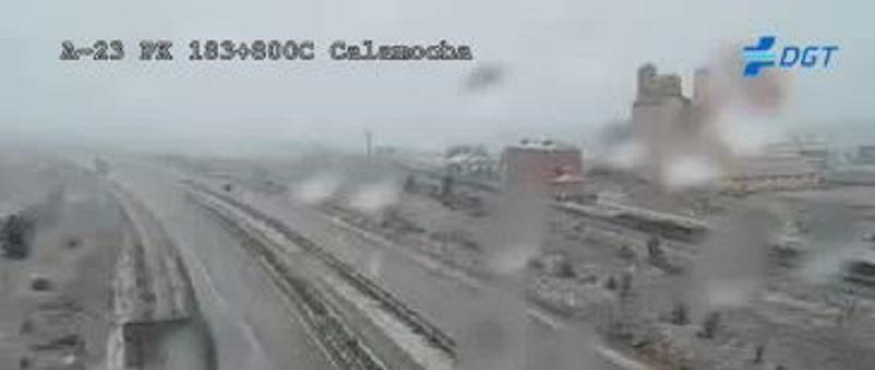 Tráfico recomienda transitar con precaución por la autovía A-23 entre Calamocha y Ferreruela de Huerva por nieve